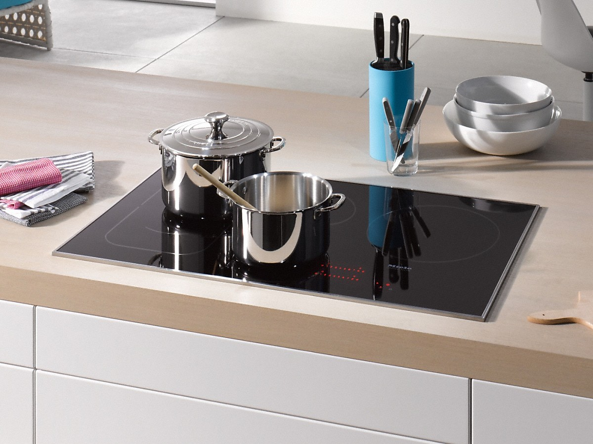 miele km 6370 induction cooktop with touch controls. Black Bedroom Furniture Sets. Home Design Ideas