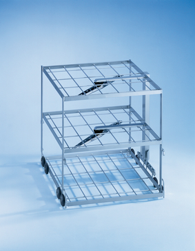 E 735/2 - Mobile unit for the optimum loading of instruments on 3 levels.--stainless steel exterior